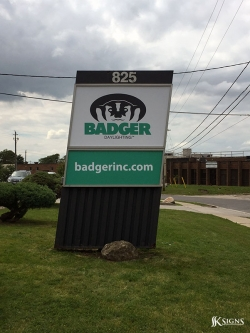 Custom pylon signs for Badger Day lighting in Mississauga, ON